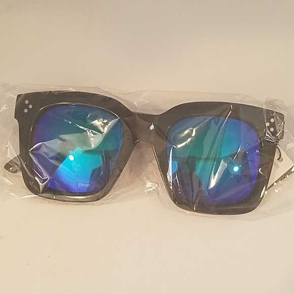 Kiss Accessories - LARGE SQ Black Frame BLUE turquoismirror leNS NEW